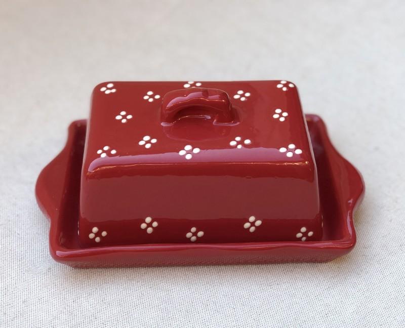 Butter dish red with cream points