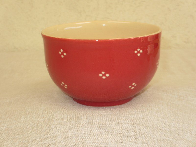 Bowl red with points